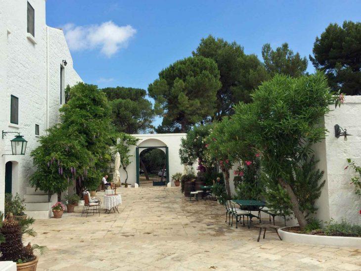 The charming courtyard at Masseria Il Frantoio.