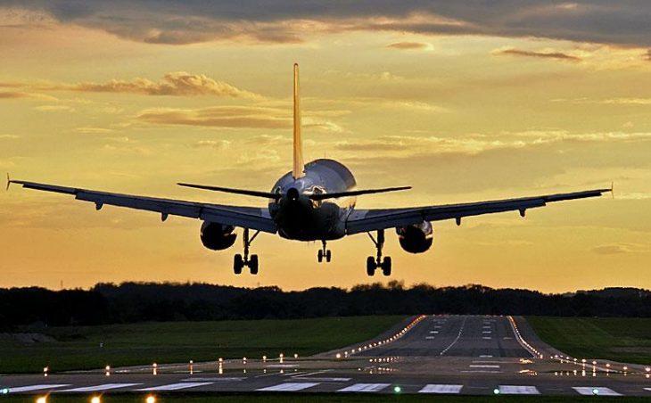 Aircraft landing somehwere in the EU.