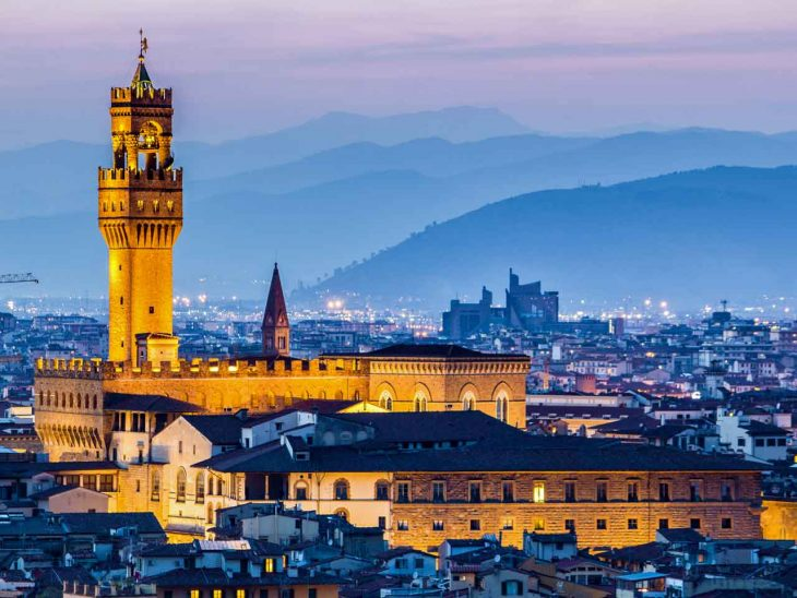 "Beautiful Florence won the poll ""Top 10 Cities in Europe""."