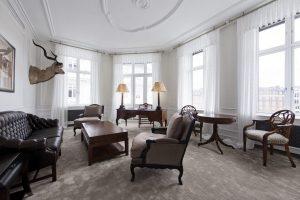 Living room of the Blixen Suite at Hotel DÁngleterre in Copenhagen.