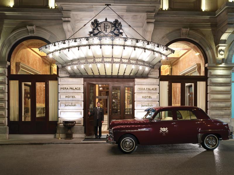 Pera_Palace_Hotel_Jumeirah_-_Hotel_Enterance