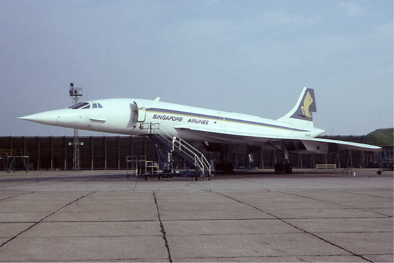 The port side of BA´s Concorde with SIA livery used London - Singapore in the 1970´s.