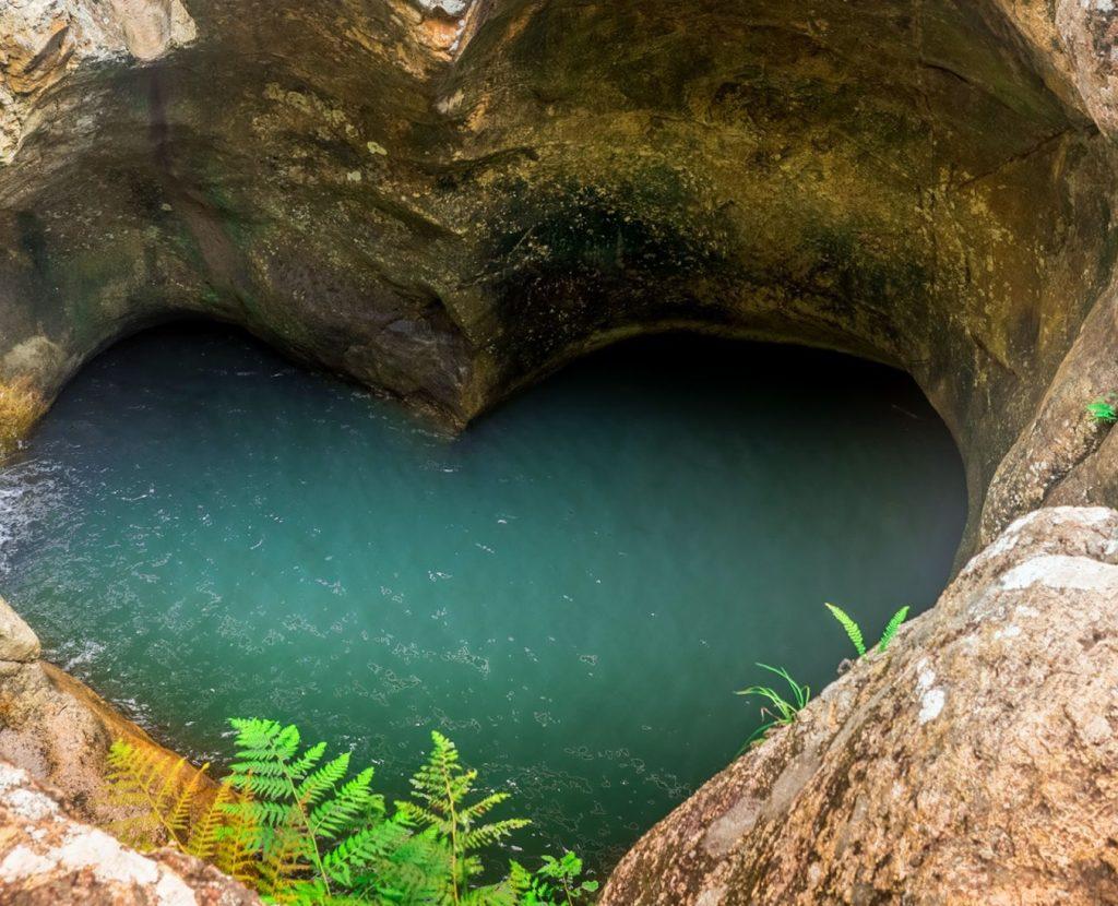 Killarney Glen heart shaped pool.