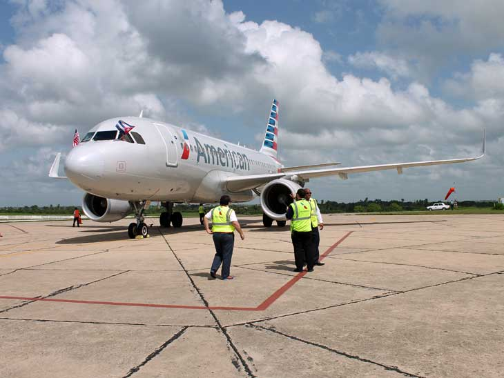 American Airlines A319 on the tarmac in Cienfuegos after the inaugural flight.