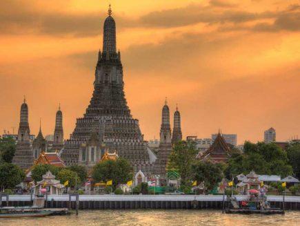 Wat Arun, Bangkok during sunset.