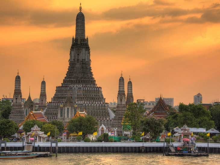 Wat Arun, Bangkok during sunset.