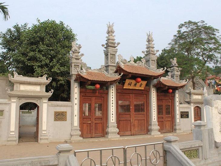 Dinh Kim Lien communcal house