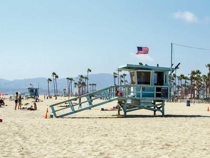 Best beaches in los angeles for a perfect weekend getaway for Weekend getaway near los angeles